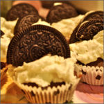 cookies & cream cupcakes icon
